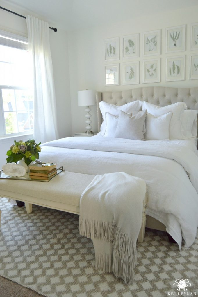 guest-bedroom-with-white-everything